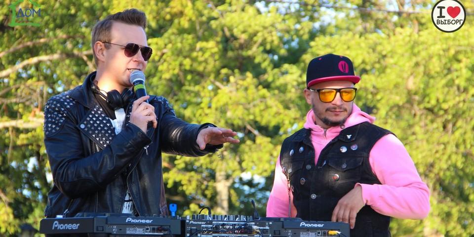 Непревзойденный дуэт ведущего Виталия Кондракова и DJ Печкина